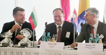 Михаил Миков: В сегашната икономическа и социална обстановка в Европа от особено значение е да реализираме мащабни програми за повишаване на благосъстоянието в Дунавския регион
